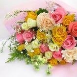 花束でサプライズ!花束のご用意可能♪