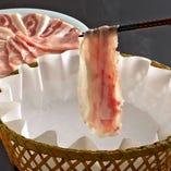 京都で大人気のオリジナル料理「出汁しゃぶ」を是非ご賞味下さい
