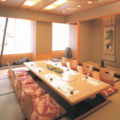 日本料理・しゃぶしゃぶ 銀座 米子ワシントンホテルプラザ 店内の画像