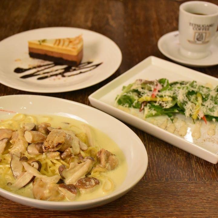 9種類の石窯ピッツァと生麺パスタ
