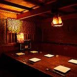 秘密の隠れ家風個室で周りを気にせずご宴会をお楽しみください