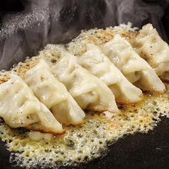 パリパリチーズの牛肉餃子