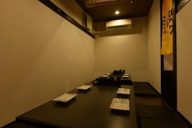 串焼酒房 蜂ヤ 胡町店 店内の画像