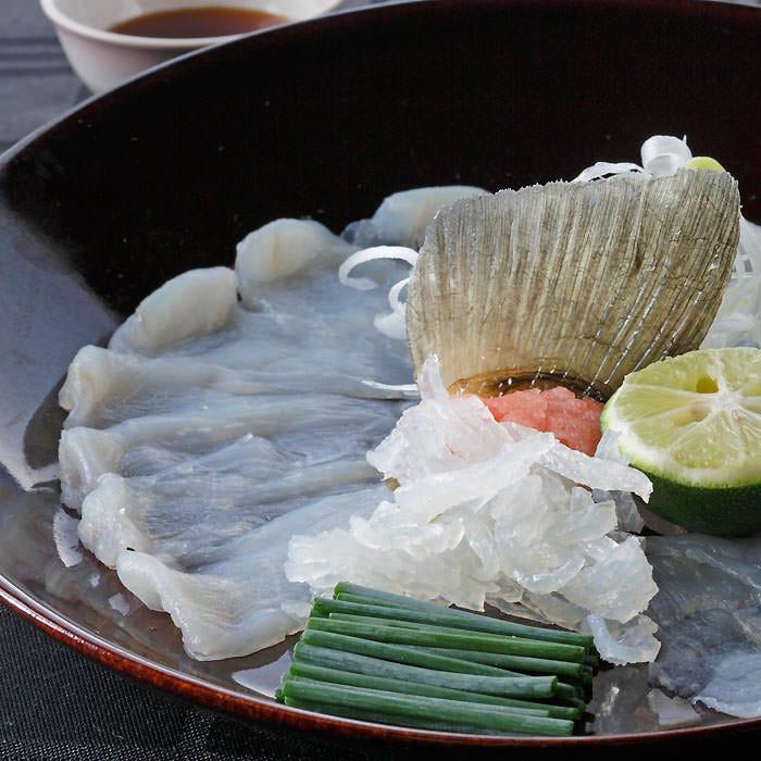 和食ベースのコースで銀座の料亭の雰囲気を味わいながら。