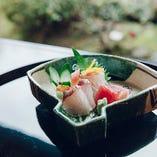 旬を迎え脂が乗った鮮魚をお造りで。