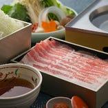 「近江三元豚」や「バームクーヘン豚」を使用します。