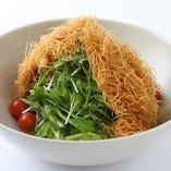 京水菜とじゃが芋のパリパリサラダ