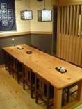 8名様まで対応の大テーブル席