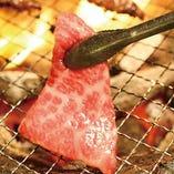 肉を堪能する【焼肉堪能コース】120分飲み放題付き