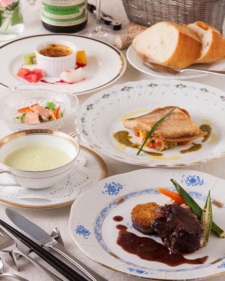 【日替わりメイン】本日の魚料理と肉料理が楽しめるコース 3850円(税込)