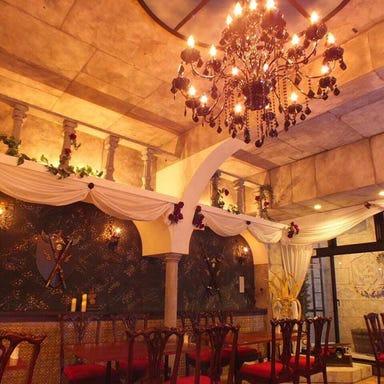 美女と野獣のカフェ&レストランBeauty&the Beast  店内の画像
