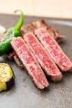 《鉄板焼ブース》北海道産の和牛サーロイン