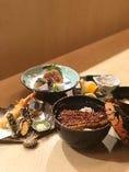 うな膳¥3,960 刺身、天婦羅、うな丼、デザートのセット。