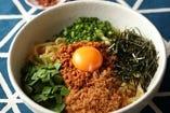 自家製太麺!かつを魚粉入り辛シビ台湾まぜそば