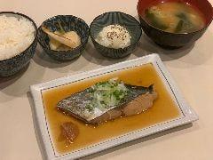 氷茶房 たつのおとしご 八幡山店 produced by土蛍