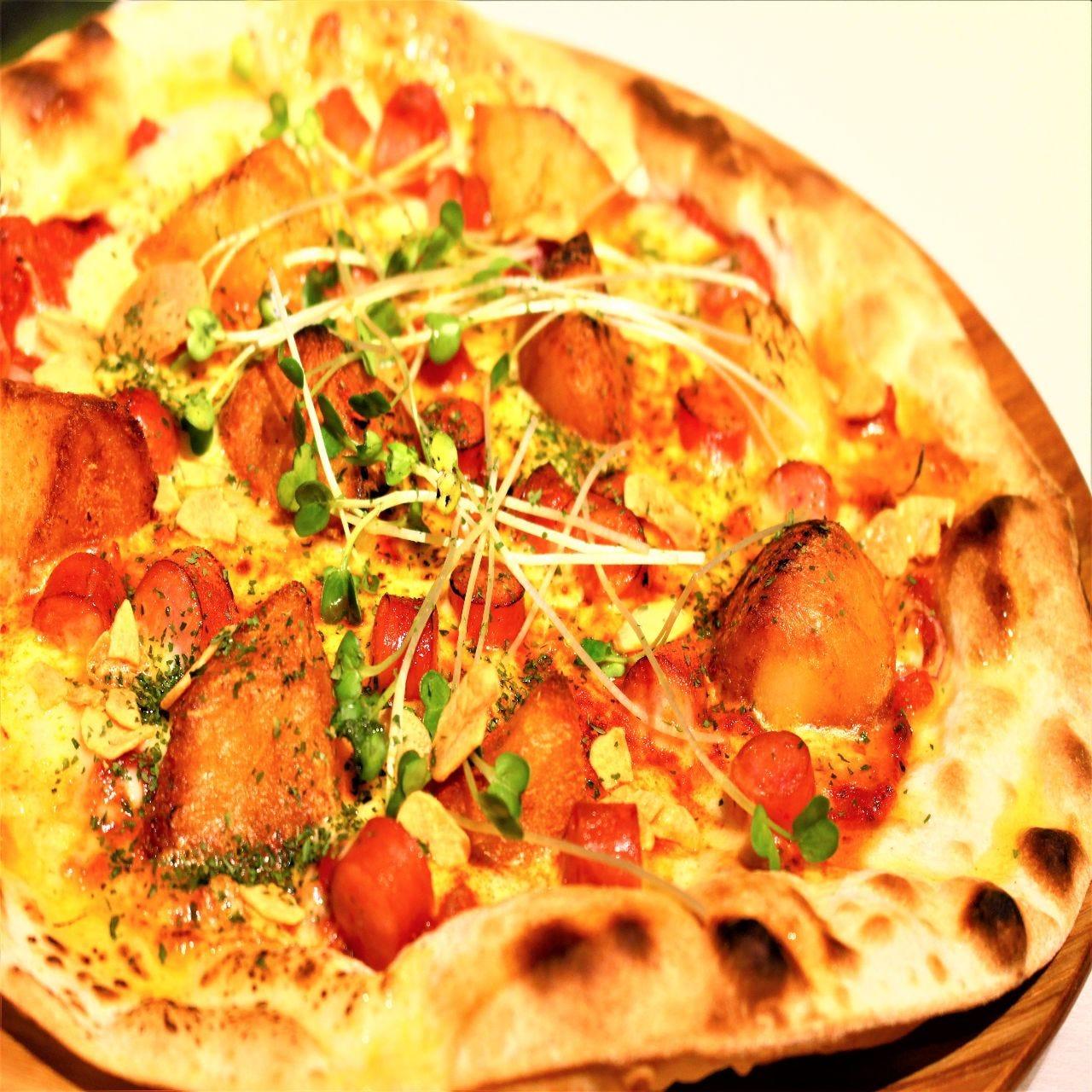 自家製ピザはクリスピーなローマ風☆