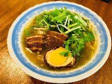 日本初の日本米から製麺、生麺フォー