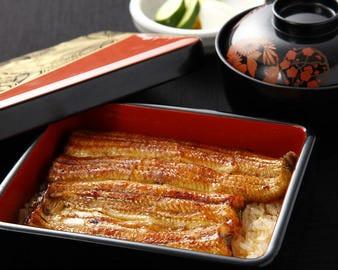 伝統のたれを使用した鰻重