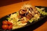鶏ぼうずの≪特製サラダ≫ とりあえずの一品!!