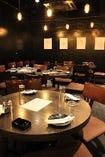 おしゃれな空間で楽しいお食事を♪人気の広々カウンター席もどうぞ!!