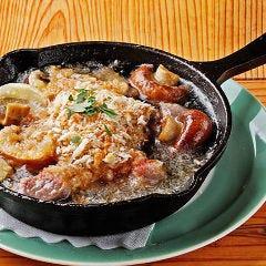 富士の鶏砂肝と長谷川さんのマッシュルームのアヒージョ バケット付