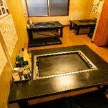 4名様用座敷席も4名様用テーブル席も複数ございます。人数のご相談も承ります