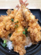 各種天丼テイクアウトあり。人気海老3本野菜入上海老天丼1200円