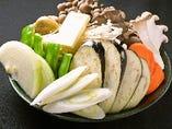 ■ 鉄板焼き盛合わせ ( 例 キノコ類・野菜類)