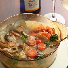 函館直送鮮魚と牡蠣のアクアパッツァ or ブイヤベース