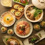 宴会のお食事は、素材と料理人の腕が光る鶏料理と、サラダ、デザートも満喫できるコースがおすすめ