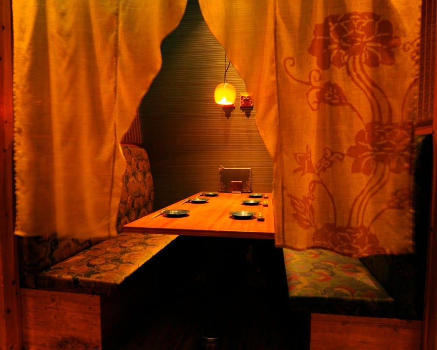 琉球王朝風◎4~10名様用個室席