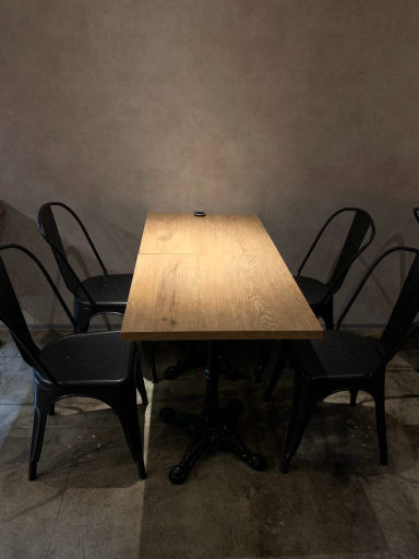 ROUGH cafe dinning bar  店内の画像