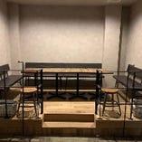 【グループでご利用可】8人掛けテーブル