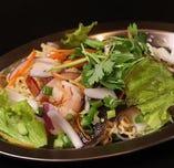 ヤムママー(タイインスタント麺サラダ)