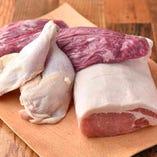 阿蘇あか牛、ジャージー牛、りんどうポーク、大阿蘇鶏と熊本のブランド肉をラインナップ