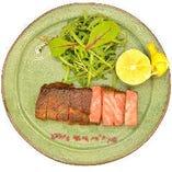 阿蘇あか牛の炭火焼ステーキ