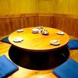 人気の円卓個室
