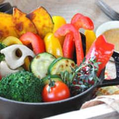 【オススメ】ごろごろ野菜の蒸し焼きバーニャカウダ