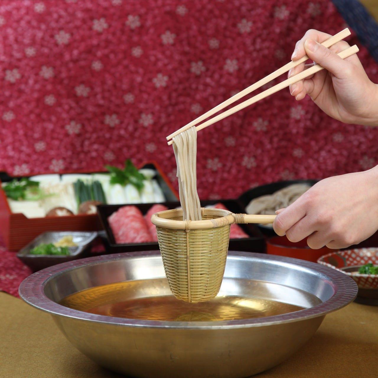登録商標「和牛そばしゃぶ」 当店でしか味わえない鍋料理