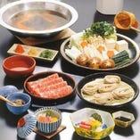 登録商標「そばしゃぶ」 当店でしか味わえない自慢の鍋料理です