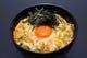 こだわり玉子を使った人気の「玉子丼」お蕎麦もセット。