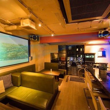 GlampingBar TRIANGLE 三軒茶屋 店内の画像
