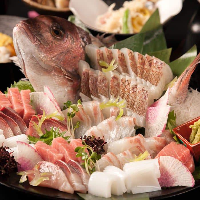 季節の食材で彩られる懐石コースも多数ご用意がございます。