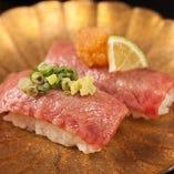 飛騨牛の炙り寿司2貫
