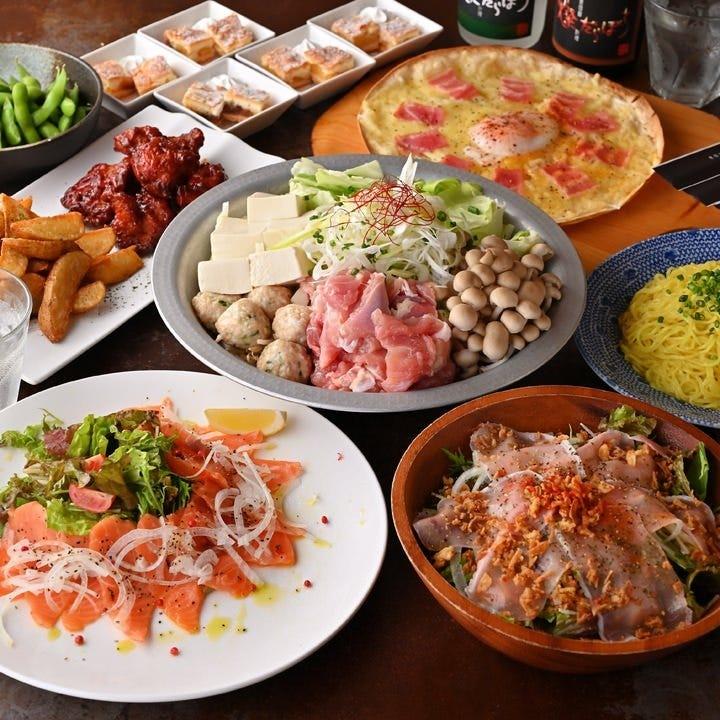 季節のお料理と自慢の逸品で構成したコースは4,500円(税込)
