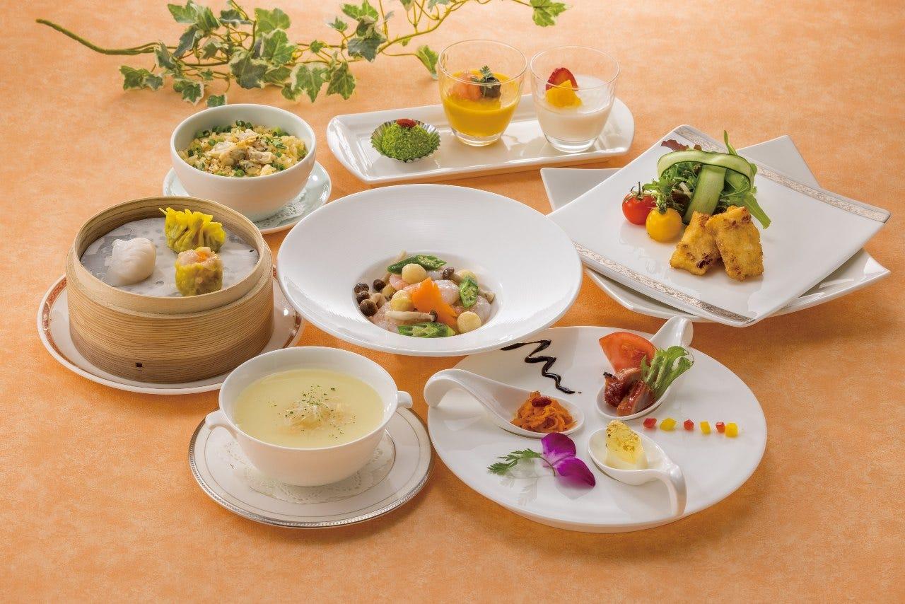 ふかひれスープの月替わりランチコース