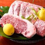 飛騨牛や名古屋コーチンなどブランド肉は名物の炭焼でどうぞ