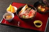 海鮮丼ランチ 税込1300円
