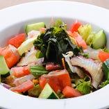 たくみ海鮮サラダ