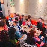 【クリスマス会】プレゼント交換会では、泣きじゃくる子供たちもおりましたwww 店舗は貸切対応しております!12名様から貸切させていただきますので、詳細はスタッフまでお問い合わせください!! 06-6226-7108 インスタでも店舗情報発信してます♪ →@nikubaru_untitled